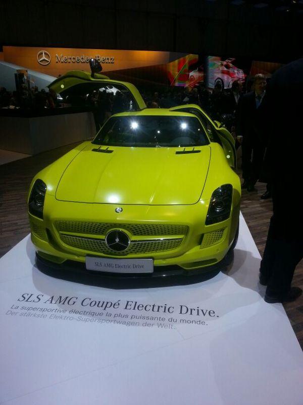 2013-Mercedes-Benz-SLS-AMG-Coupé-Electric-Drive