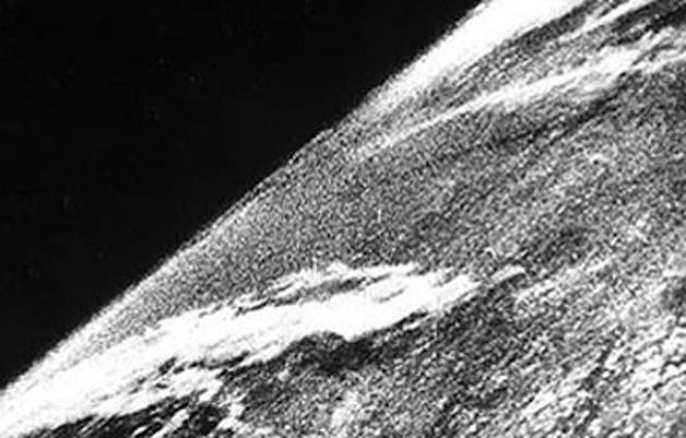 First_Earth_Photo_from_Space