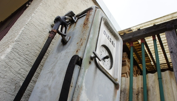 asp_620_old-gas-pump-221836_960_720